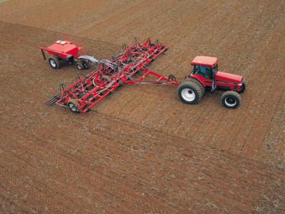 Пневматические зерновые сеялки Kverneland Airseeder и Cultibar