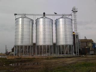Монтаж зерновых силосов